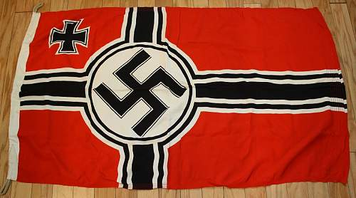 Nazi Battle Flag...Any Red Flags