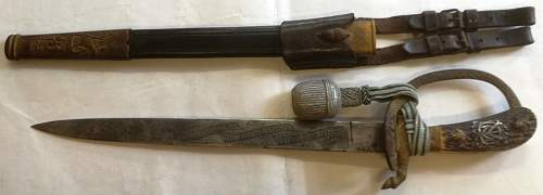 Can i identify the owner of a dagger?