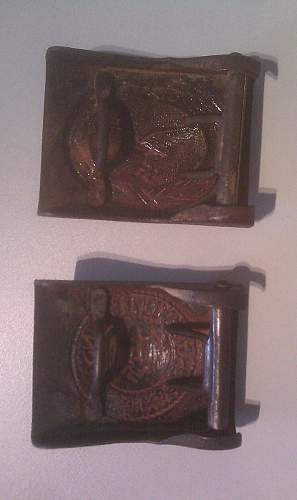need some help with these buckles: Heer and Luftwaffe