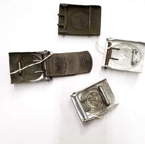 Mixed lot of 6 buckles