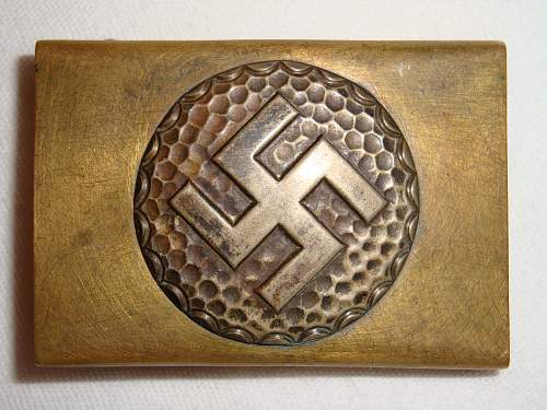 Click image for larger version.  Name:Unidentified Swastika Buckle 1.jpg Views:90 Size:257.4 KB ID:257137