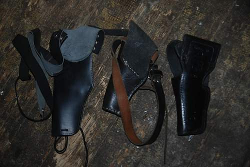 value of these belt gun holsers? german and british