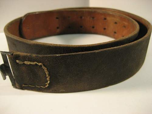 Type 1 EM belt and frog, original?