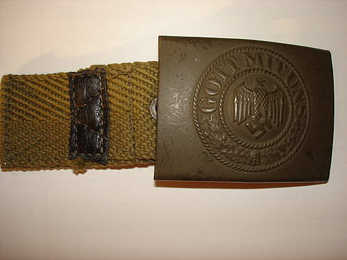 Click image for larger version.  Name:Armybuckles 006.jpg Views:73 Size:92.0 KB ID:395172