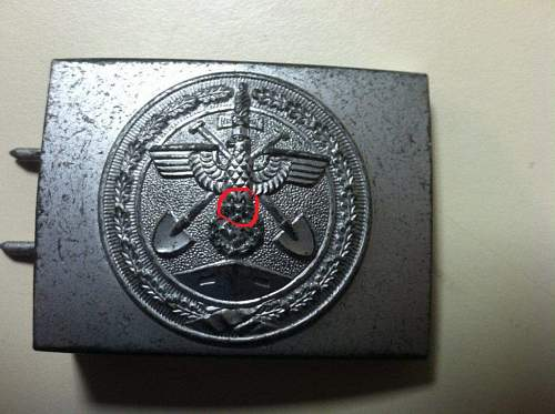 Click image for larger version.  Name:fake buckle.jpg Views:130 Size:188.1 KB ID:594218