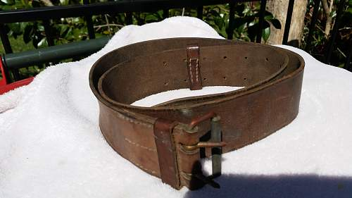 Identifying mystery leather belt - German Military?