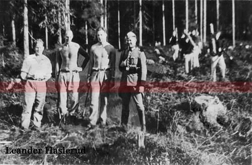 Click image for larger version.  Name:Nordmenn i konsentrasjonsleir.jpg Views:73 Size:87.5 KB ID:101411