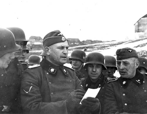 Waffen SS soldier pics...