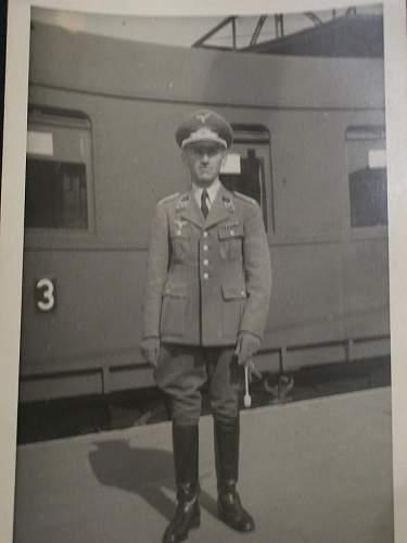 Postcard photo of Luftwaffe Leutnant.