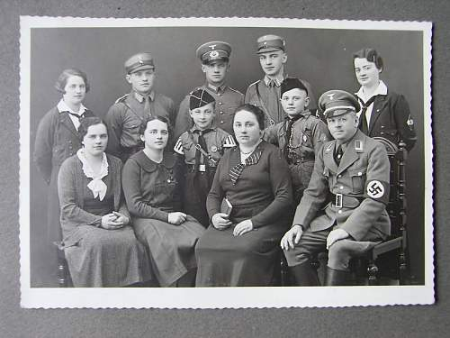 Click image for larger version.  Name:NSDAP FAMILY PIC....jpg Views:2854 Size:62.2 KB ID:121791