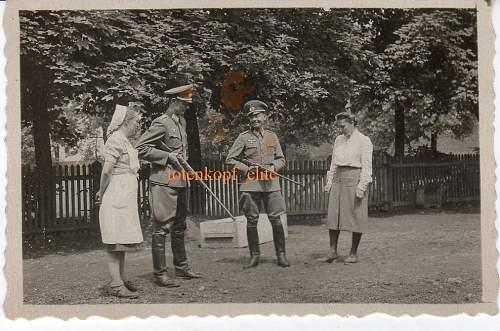 Click image for larger version.  Name:nurses.jpg Views:103 Size:202.8 KB ID:122230