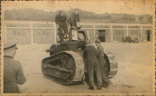 Click image for larger version.  Name:french tank.jpg Views:89 Size:58.3 KB ID:123146