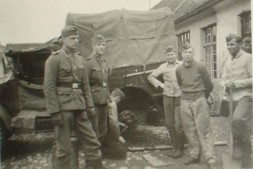 SS-captured Brit. Morris Truck