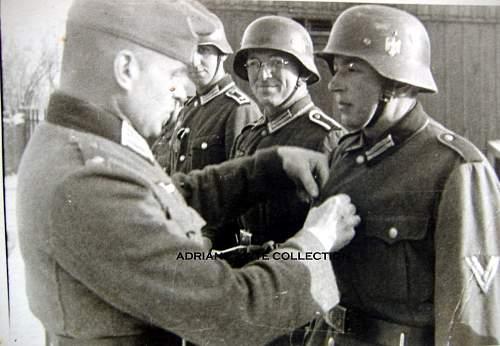 Photos of the Kriegsverdienstkreuz 2.Klasse in wear.
