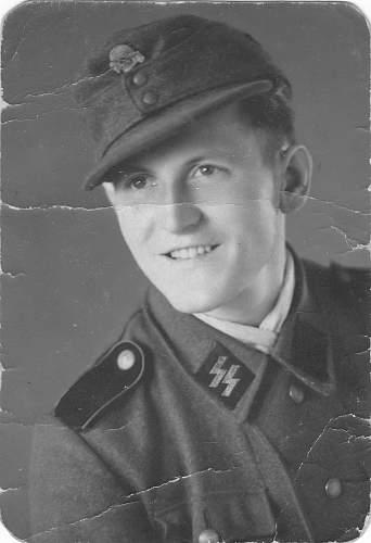 Photos of SS Artillerie Regt Totenkopf 1941 !!