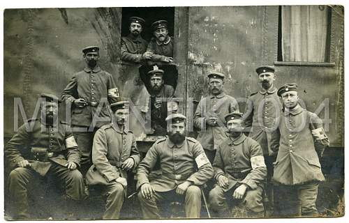 Click image for larger version.  Name:Medics in Argonnen.jpg Views:81 Size:185.7 KB ID:152865