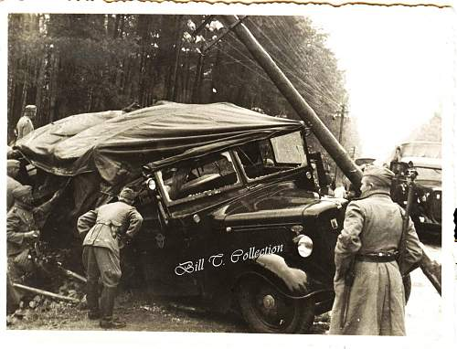 Click image for larger version.  Name:Policemen and Car 001_final.jpg Views:211 Size:252.4 KB ID:180366