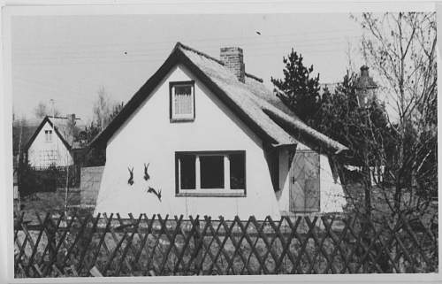 Click image for larger version.  Name:A COTTAGE.jpg Views:496 Size:157.8 KB ID:18221
