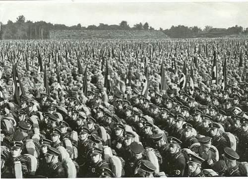 100,000 ss & sa men at nurnberg 1933