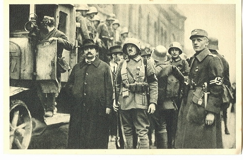 Early  nazis  in  the  streets