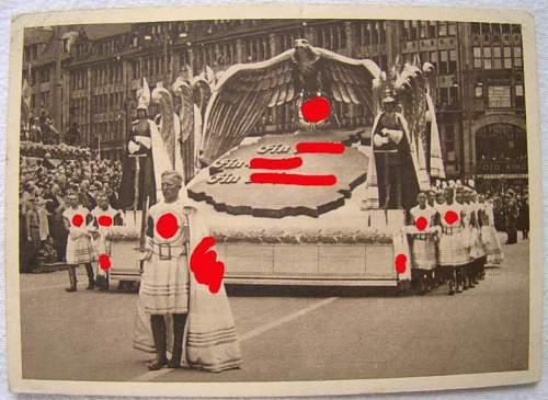 Click image for larger version.  Name:eagle float_Reichstagung_Hamburg_1939.jpg Views:166 Size:62.2 KB ID:191261