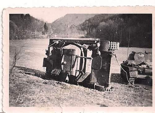 Click image for larger version.  Name:german tank photos 001.jpg Views:76 Size:88.8 KB ID:192698