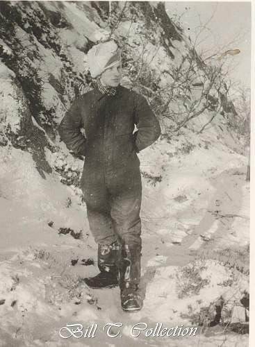 Click image for larger version.  Name:luft man in flight overalls and heated boots 001_final.jpg Views:143 Size:219.9 KB ID:196227