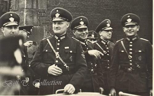 Click image for larger version.  Name:polizei men 1 001_final.jpg Views:294 Size:247.2 KB ID:198337