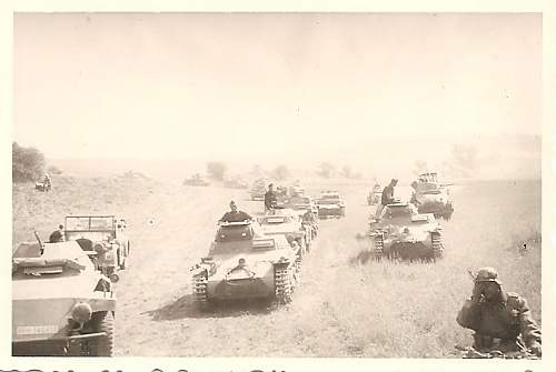 Click image for larger version.  Name:panzers-field.jpg Views:177 Size:148.8 KB ID:198433