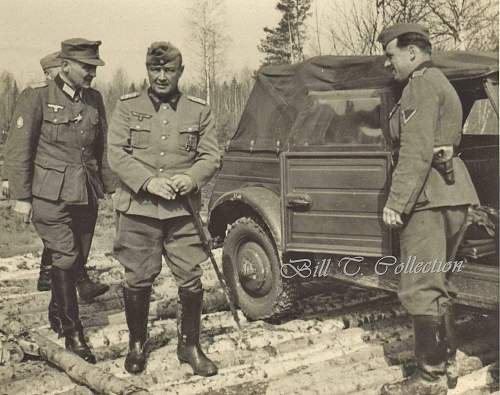 Click image for larger version.  Name:General w Kubelwagen 001_final.jpg Views:454 Size:249.4 KB ID:199929