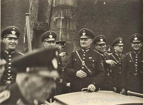Click image for larger version.  Name:Polizei officers state 001_final.jpg Views:268 Size:246.8 KB ID:200401