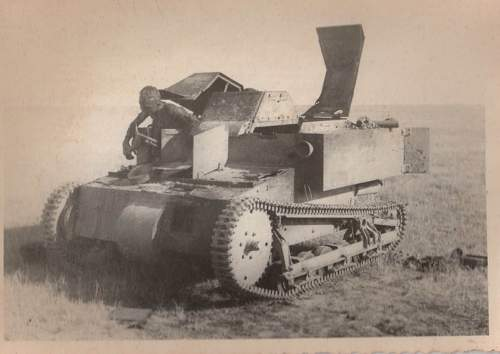 Click image for larger version.  Name:tank3.jpg Views:321 Size:109.6 KB ID:201186
