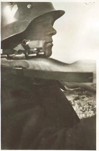 Click image for larger version.  Name:Heer Stahlhelm 001.jpg Views:164 Size:146.7 KB ID:202847
