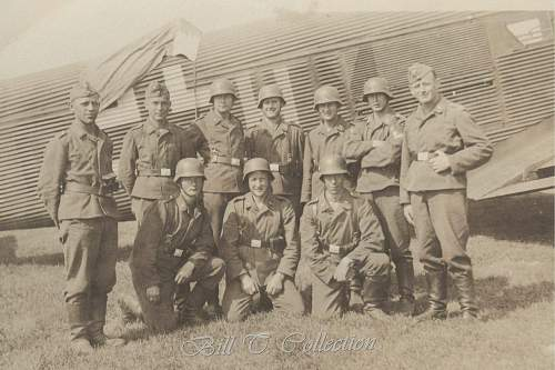 Click image for larger version.  Name:Luftwaffe Crew w plane 001_final.jpg Views:421 Size:219.2 KB ID:203220