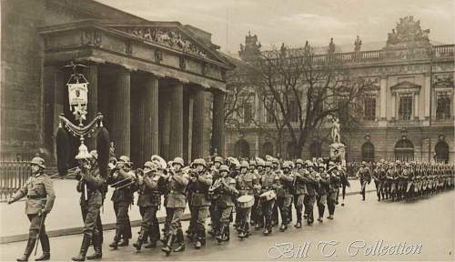 Click image for larger version.  Name:berlin parade3 001_final.jpg Views:738 Size:207.4 KB ID:203224
