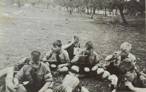 Click image for larger version.  Name:HJ in field w mess tins 001_final.jpg Views:146 Size:249.0 KB ID:204559