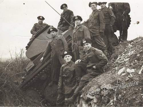 Click image for larger version.  Name:Panzer men with tank in ditch 001_final.jpg Views:1665 Size:212.2 KB ID:205649