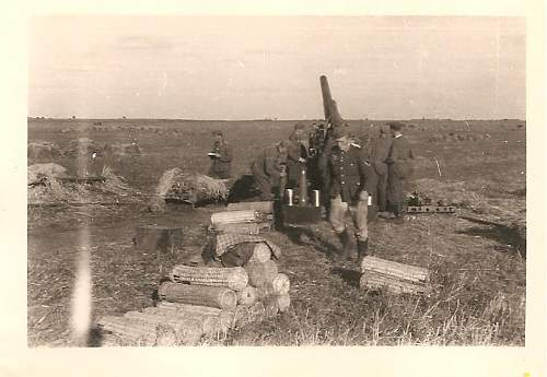 Click image for larger version.  Name:Artillery-Crew.jpg Views:96 Size:70.1 KB ID:205731