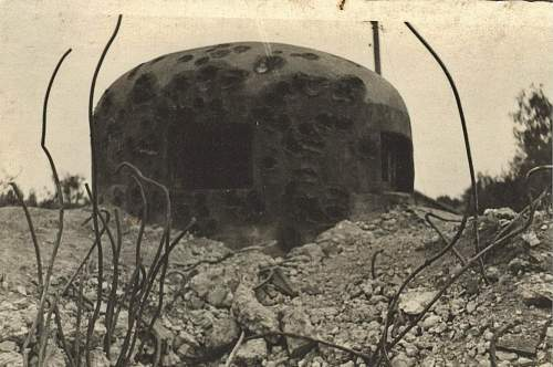 Click image for larger version.  Name:bunker shot up by panzer 001.jpg Views:73 Size:259.0 KB ID:206634