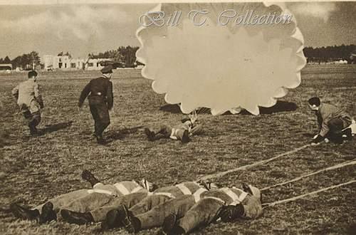 Click image for larger version.  Name:Fallschirmjager parachute 001_final.jpg Views:130 Size:262.9 KB ID:206742