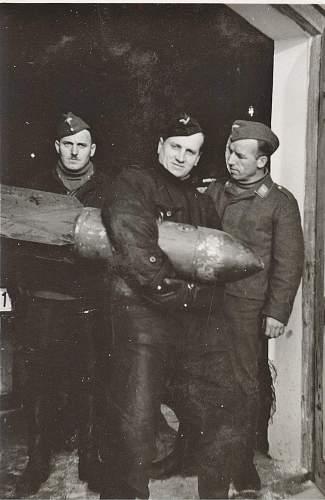 Click image for larger version.  Name:luft bomben.jpg Views:95 Size:215.4 KB ID:208944