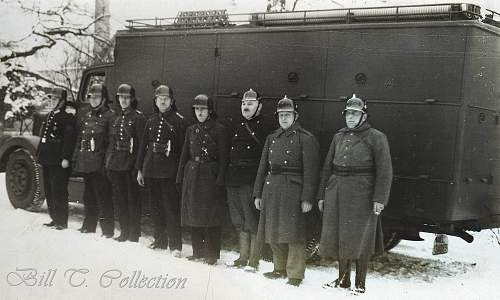 Click image for larger version.  Name:Fire Polizei_final.jpg Views:236 Size:252.0 KB ID:209202
