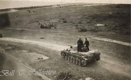 Click image for larger version.  Name:Panzer w flag_final.jpg Views:132 Size:266.2 KB ID:209211