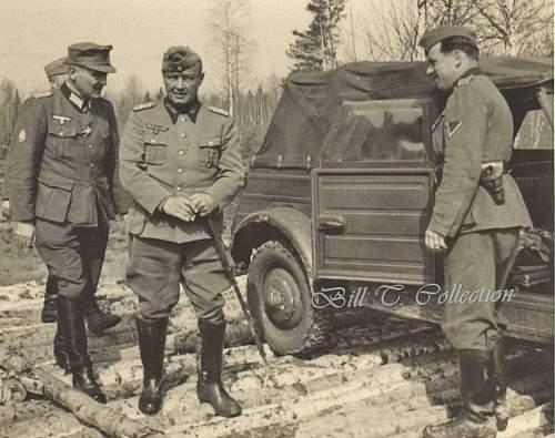 Click image for larger version.  Name:General w Kubelwagen 001_final.jpg Views:799 Size:249.4 KB ID:215153