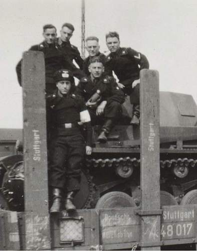 Click image for larger version.  Name:panzer stuttgart 2.jpg Views:108 Size:54.8 KB ID:224132