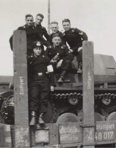 Click image for larger version.  Name:panzer stuttgart 2.jpg Views:125 Size:54.8 KB ID:224132