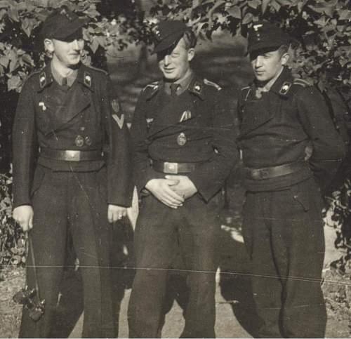 Click image for larger version.  Name:panzermen KRIM 2.jpg Views:115 Size:85.2 KB ID:224134