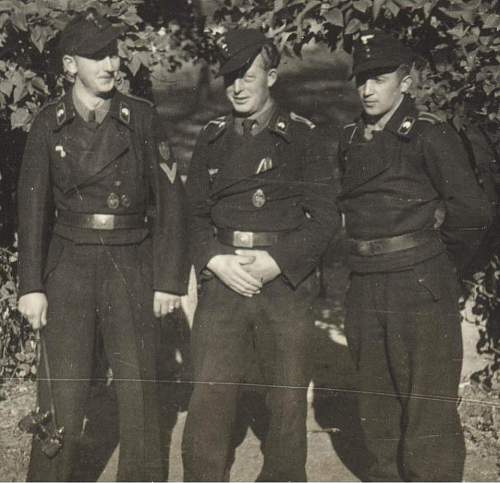 Click image for larger version.  Name:panzermen KRIM 2.jpg Views:124 Size:85.2 KB ID:224134