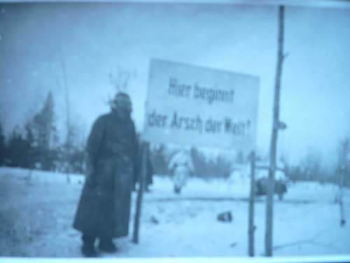 Signs of the troops having enough of marching in the snow