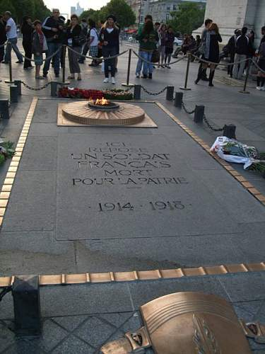 Click image for larger version.  Name:4 Tomb of the unknown Soldier.JPG Views:70 Size:67.7 KB ID:228219